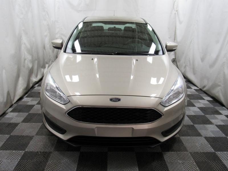 Ford Focus 2017 price $7,995