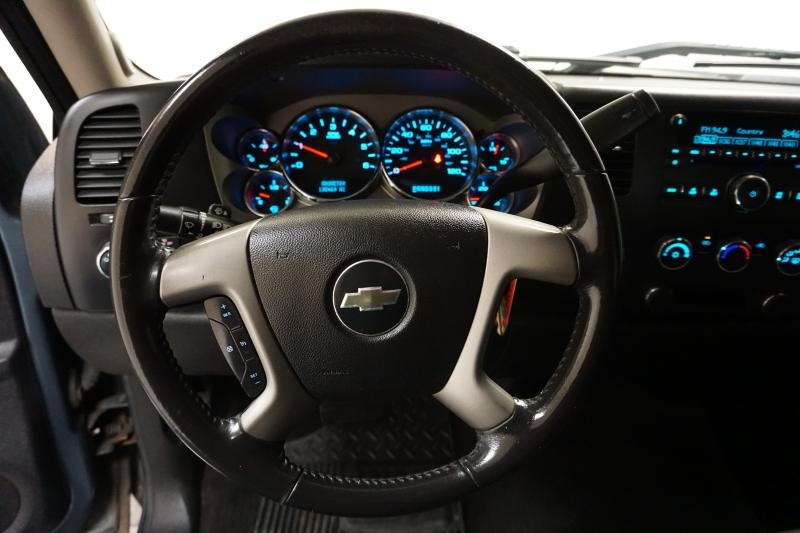 Chevrolet SILVERADO LT 4x4 2008 price $10,995