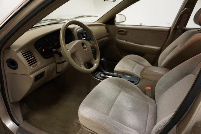 Kia Optima 2004 price $2,795