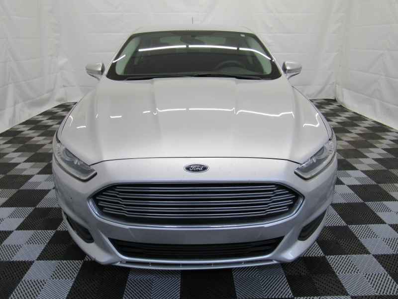 Ford Fusion 2015 price $7,995
