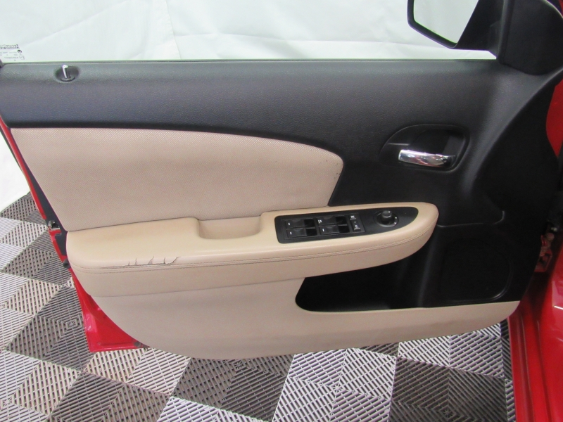 Dodge Avenger 2013 price $7,495