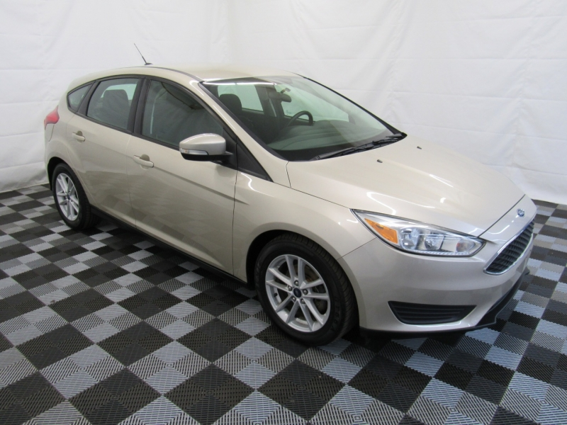 Ford Focus 2017 price $8,995