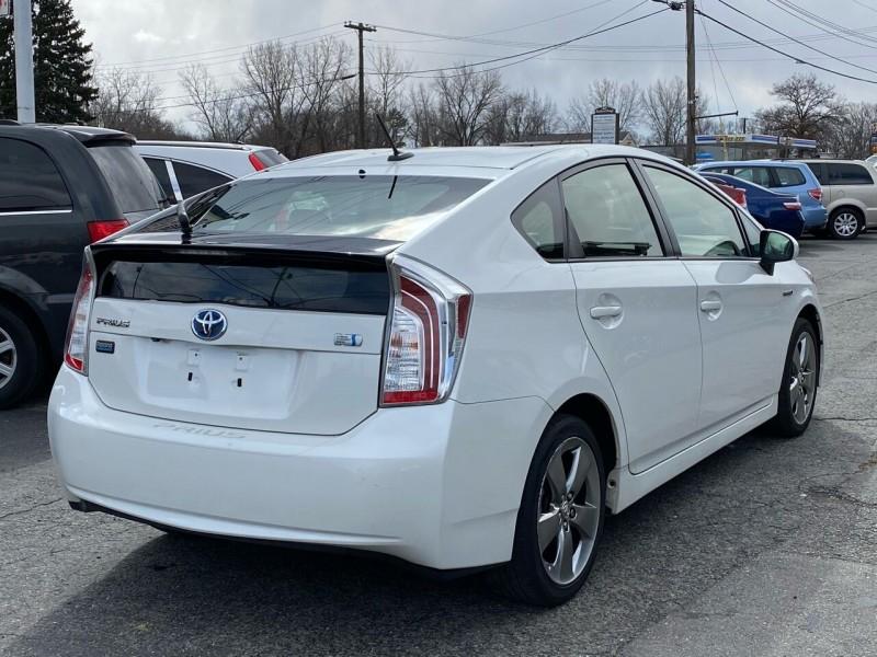 Toyota Prius 2013 price $9,998