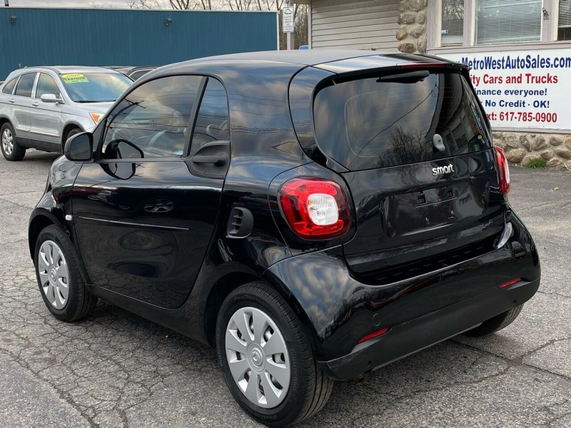 Smart fortwo 2016 price $8,998