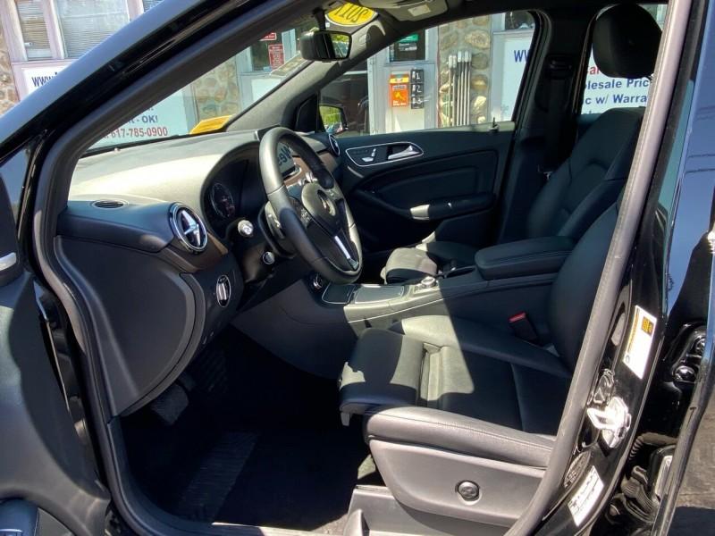 Mercedes-Benz B-Class 2017 price $17,998