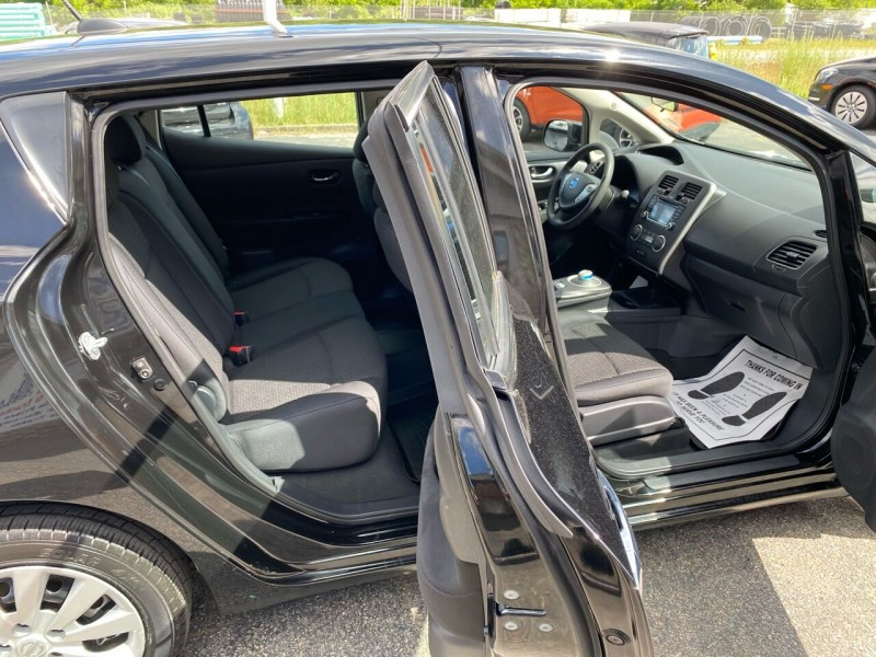 Nissan LEAF 2017 price $12,998