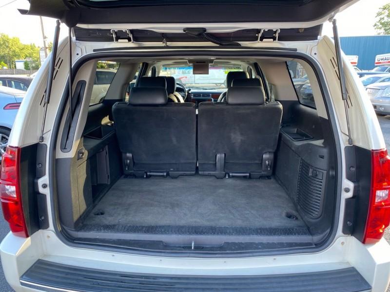 Chevrolet Suburban 2010 price $14,998