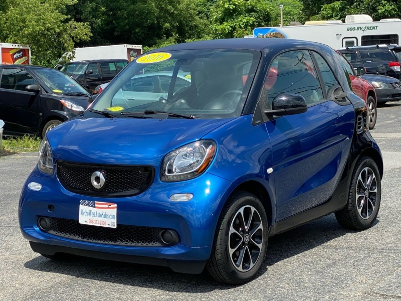 Smart fortwo 2016 price $8,748