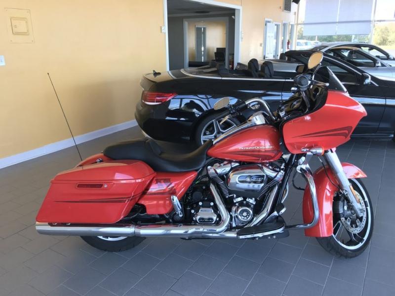 HARLEY DAVIDSON ROAD GLIDE SPEC 2017 price $16,900