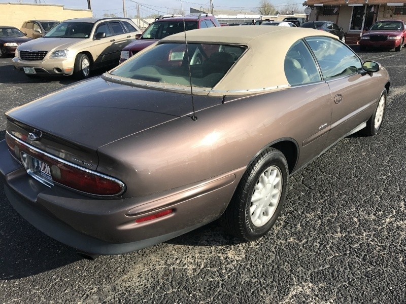 1995 Buick Riviera 2dr Coupe Inventory