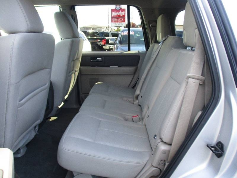 Ford Expedition 2013 price $17,995