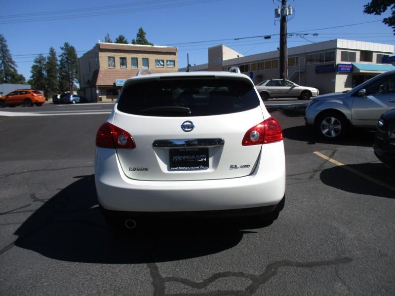 Nissan Rogue 2013 price $10,995
