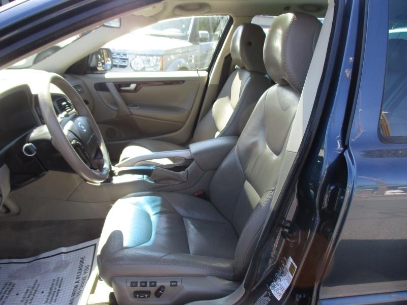 Volvo XC70 2007 price $5,995