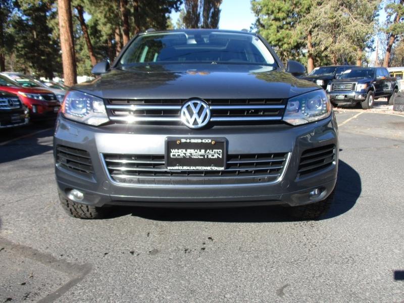 Volkswagen Touareg 2012 price $14,995