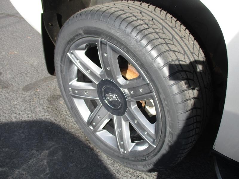 Cadillac Escalade 2011 price $19,995