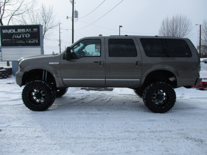 Ford Excursion 2005 price $17,995