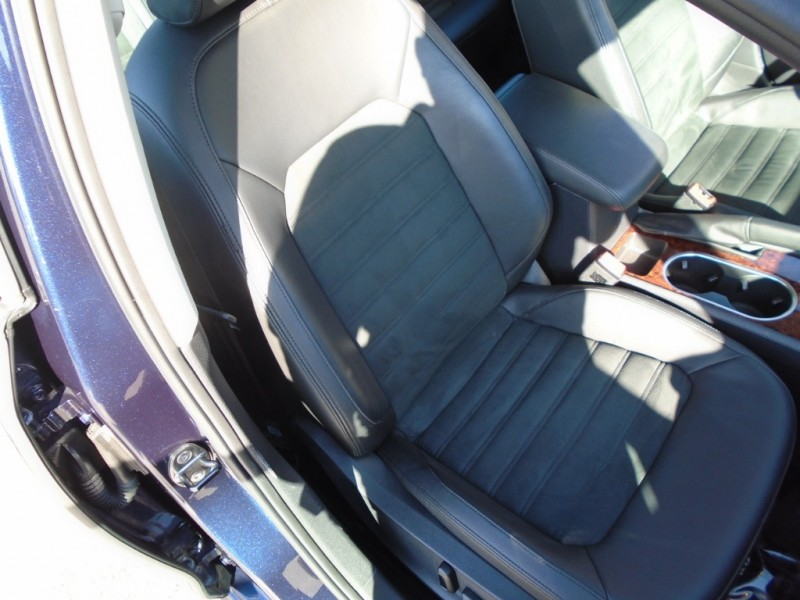 Volkswagen Passat 2013 price $10,988