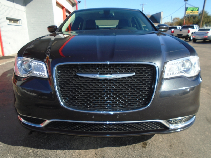 Chrysler 300 2015 price $14,988