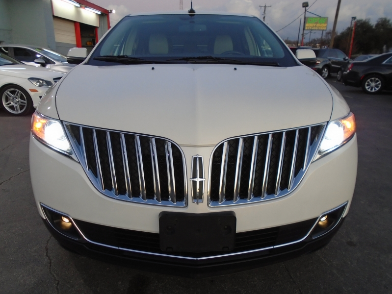 Lincoln MKX 2013 price $12,349