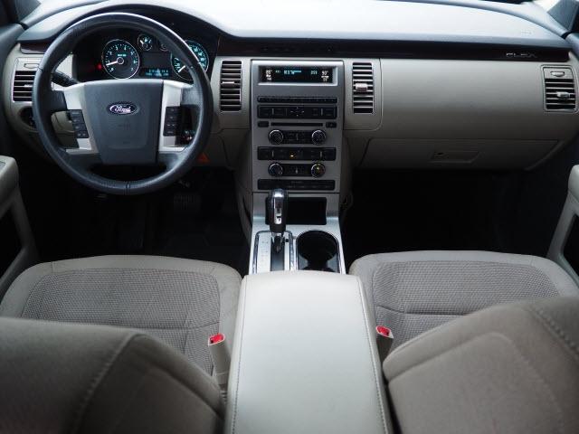Ford Flex 2009 price $9,990