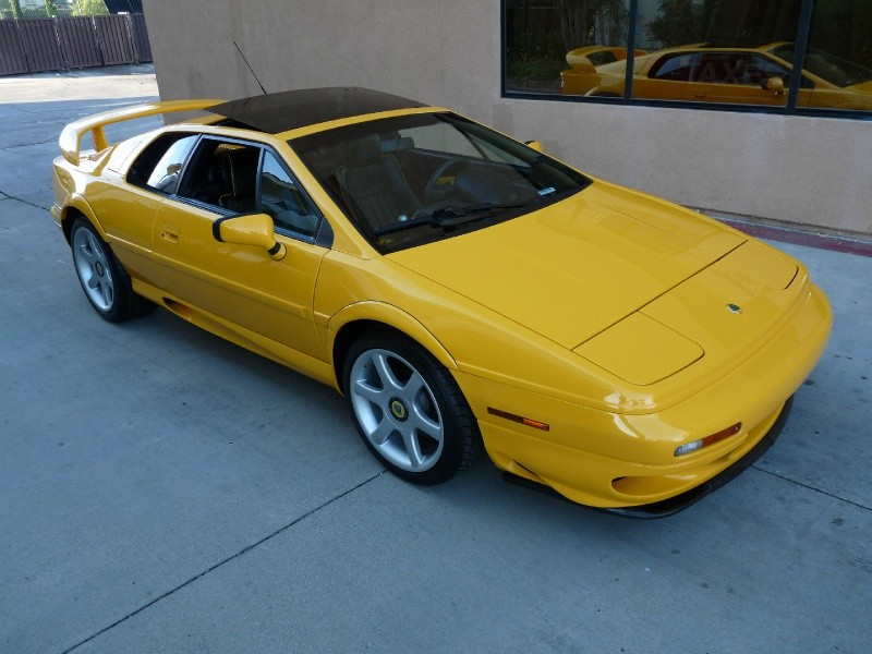 Lotus Esprit Twin Turbo 2001 price $59,800