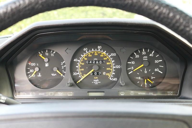 Mercedes-Benz  1987 price $0