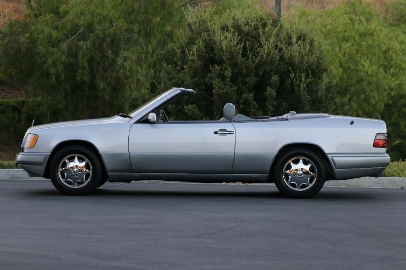 Mercedes-Benz E320 1995 price $25,750
