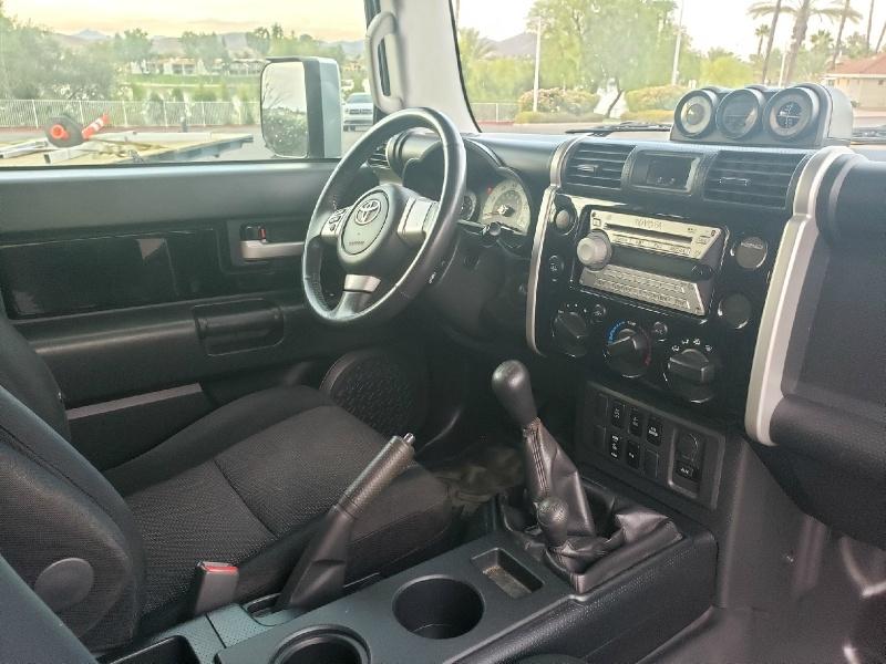 Toyota FJ Cruiser 2007 price $15,995