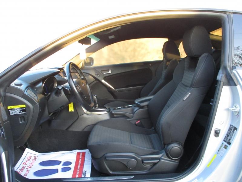 Hyundai Genesis Coupe 2013 price $8,900