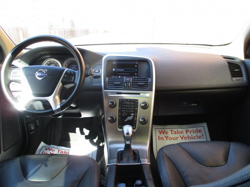 Volvo XC60 2013 price $6,900