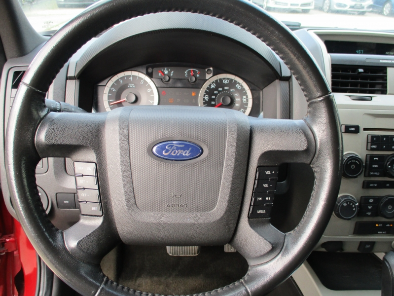 Ford Escape 2011 price $5,000