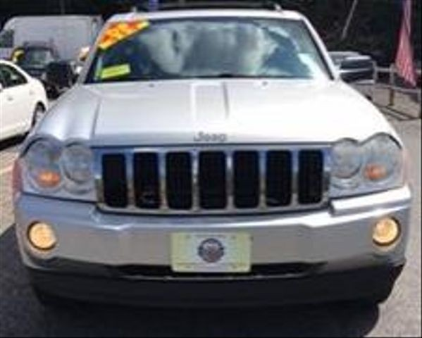 Jeep Grand Cherokee 2005 price $5,450