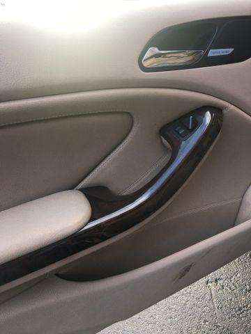 BMW 3 Series 2004 price $4,950