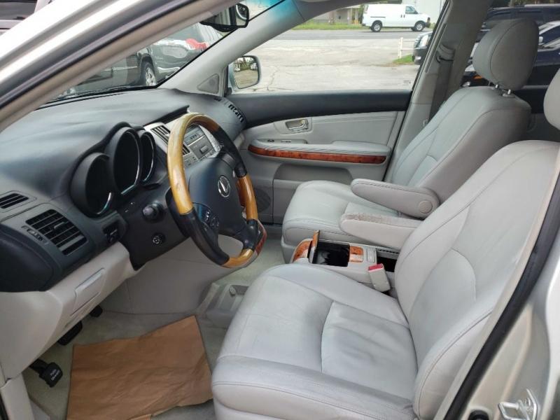 LEXUS RX 330 2005 price $6,300
