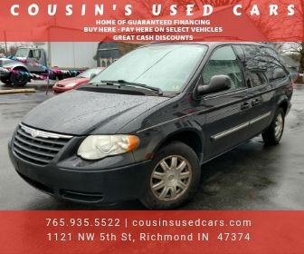 CHRYSLER TOWN & COUNTRY 2006 price $4,990