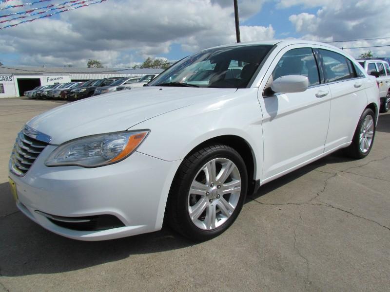 2012 WHITE CHRYSLER 200 SEDAN 4-DR - A-1 Used Cars, Inc | Auto ...
