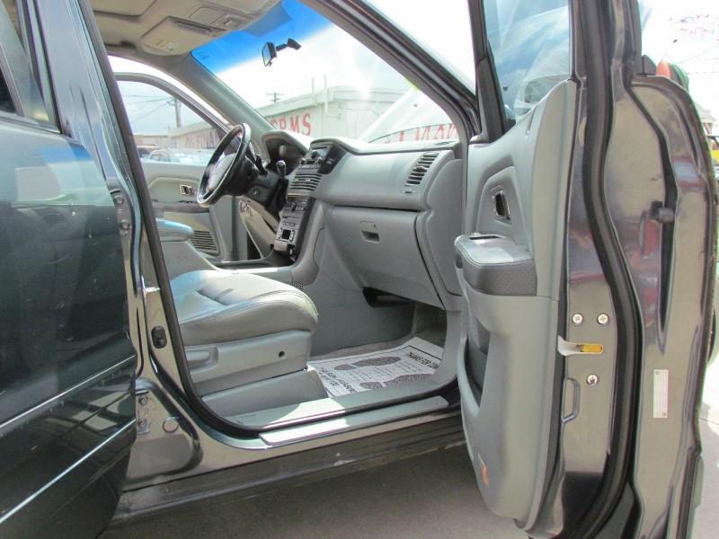 Honda PILOT 2005 price Call for Pricing.