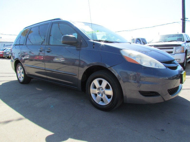Toyota SIENNA 2007 price Call for Pricing.