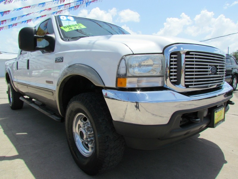 Ford Super Duty F-250 2004 price Call for Pricing.