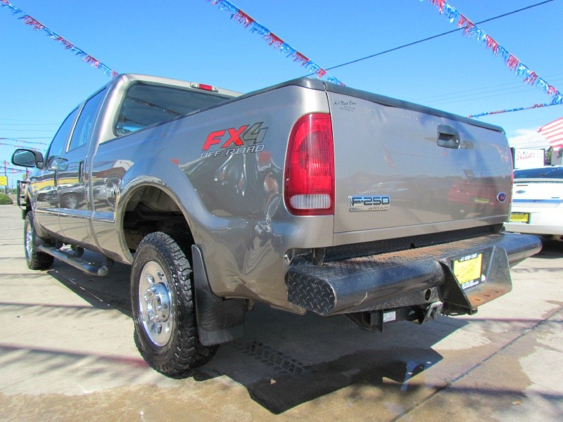 Ford Super Duty F-250 2005 price Call for Pricing.