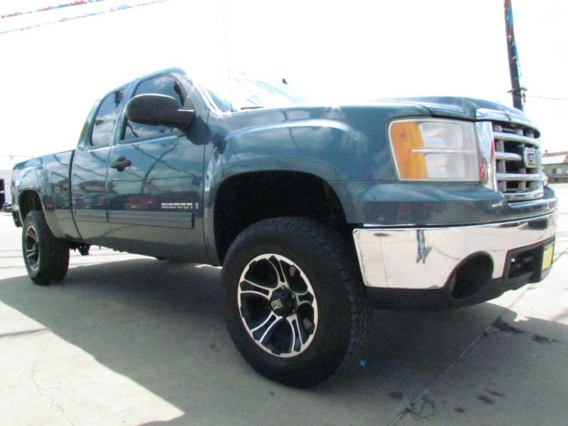 GMC Sierra 1500 2007 price Call for Pricing.