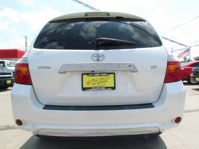 Toyota Highlander 2008 price Call for Pricing.