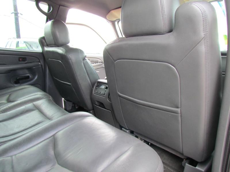 Chevrolet Silverado 2500HD 2004 price Call for Pricing.