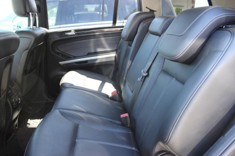 Mercedes-Benz GL-Class 2011 price $22,900