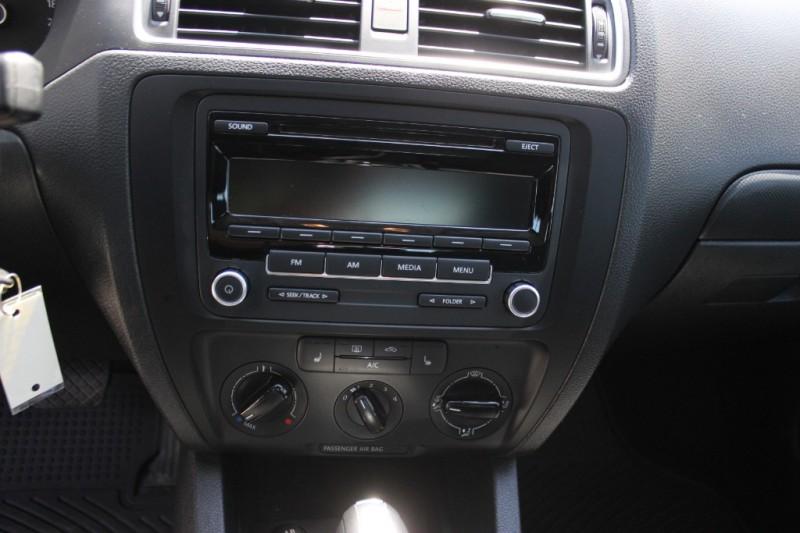 Volkswagen Jetta Sedan 2013 price $7,900