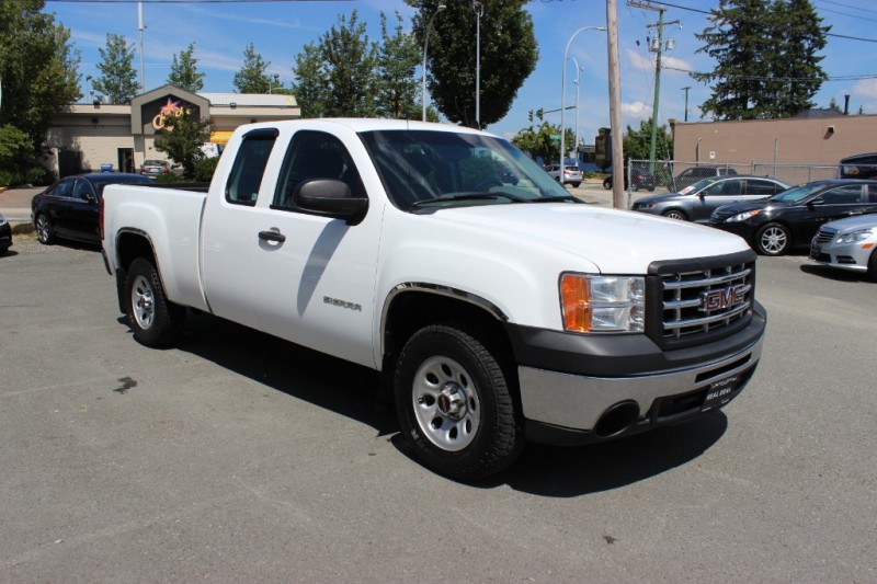 GMC Sierra 1500 2010 price $8,500