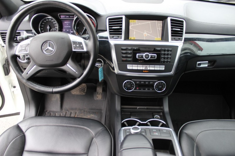 Mercedes-Benz M-Class 2012 price $23,900