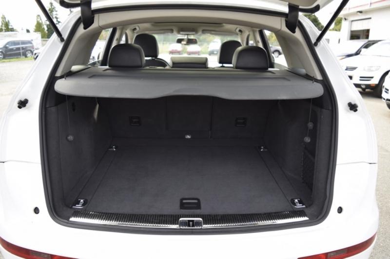 Audi Q5 2011 price $15,900