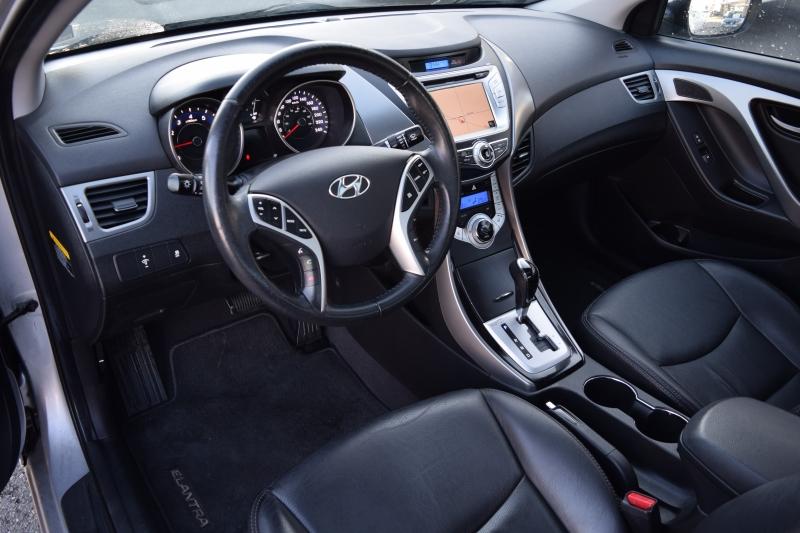 Hyundai Elantra 2011 price $9,900
