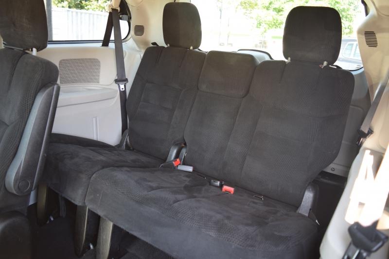 Dodge Grand Caravan 2014 price $9,900